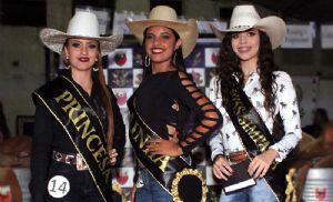 Estudante de 14 anos é escolhida a rainha do Pilar Fest (Crédito: Divulgação / APPC)