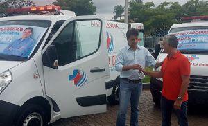 Santa Casa recebe duas novas ambulâncias
