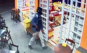 PM prende um dos suspeitos de assaltar sorveteria no Campestre