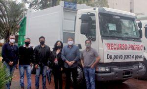 Prefeitura adquire mais dois caminhões 0km