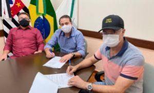 Prefeitura repassa R$ 747 mil para a Santa Casa