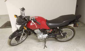 Motocicleta furtada em Pilar é recuperada pela polícia em Piedade (Crédito: Sérgio Santos)
