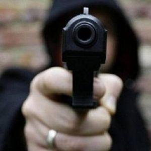 Ladrões encapuzados assaltam comerciante na Água Doce