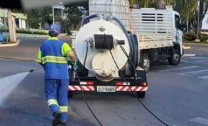 Prefeitura realiza higienização das ruas para prevenção