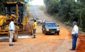 Prefeitura de Pilar conclui obra na estrada para Tapiraí