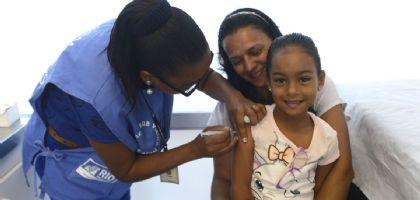 Sábado tem vacinação contra sarampo e paralisia infantil (Crédito: Divulgação)