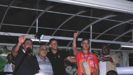 """Ganhadores da promoção 'Esse prêmio é meu"""" do Central Park Supermercados"""