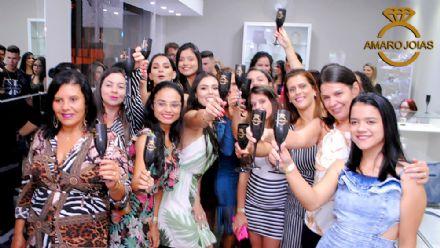 Coquetel de reinauguração da Amaro Joias