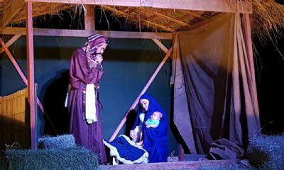 Auto de Natal encanta o público com a história do nascimento de Jesus