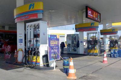 Greve já afeta abastecimento de supermercados, açougues, postos de combustíveis e gás