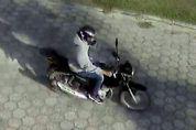 Câmeras de monitoramento flagram ladrão de motocicleta em Sarapuí