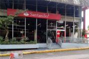 Criminosos explodem agência bancária em São Miguel Arcanjo