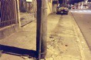 Suspeito morre após furtar carro e bater em poste na Nova Pilar
