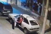 VW Gol furtado em Pilar do Sul é encontrado depenado em Sorocaba