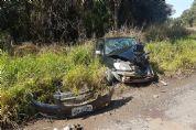 Três feridos em acidente na SP-250 em Pilar do Sul, saída para Piedade (vídeo)