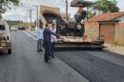 Prefeitura recapeia trecho de avenida no Jardim Bonanza
