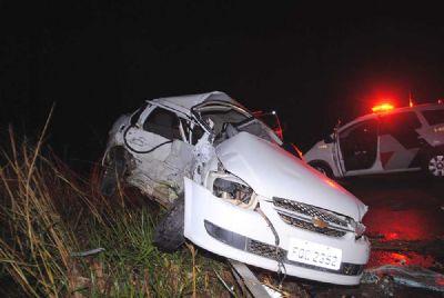 Motorista fica ferido em acidente na SP-264