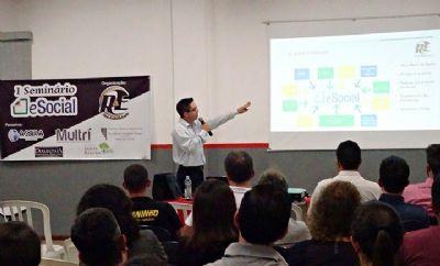 Seminário sobre e-Social orienta empresários sobre mudanças