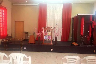 Ladrões invadem e furtam equipamentos de igreja no Jardim Nova Pilar