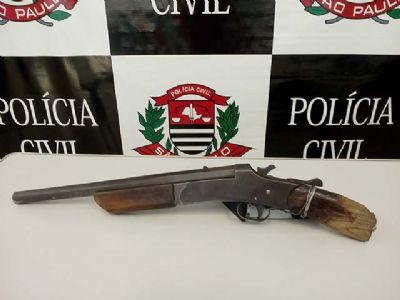 Tentativa de roubo teria sido o motivo de jovem ter sido baleado na Vila São Manoel