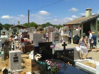 Prefeitura Libera visitação a cemitérios no Dia de Finados