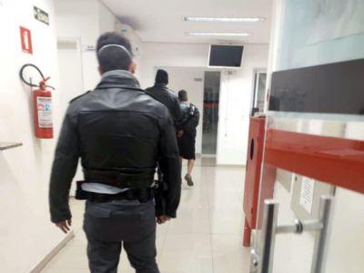 PM Rodoviária prende suspeito e recupera moto furtada na Paineira
