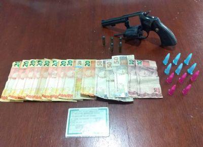 Homem é preso pela PM com droga e revólver na Nova Pilar