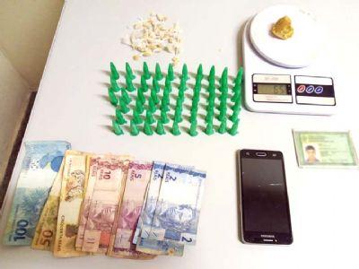 Dupla é presa pela PM por tráfico de drogas no Campestre