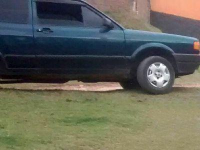 Veículo VW Gol é furtado em frente a Secretaria de Educação