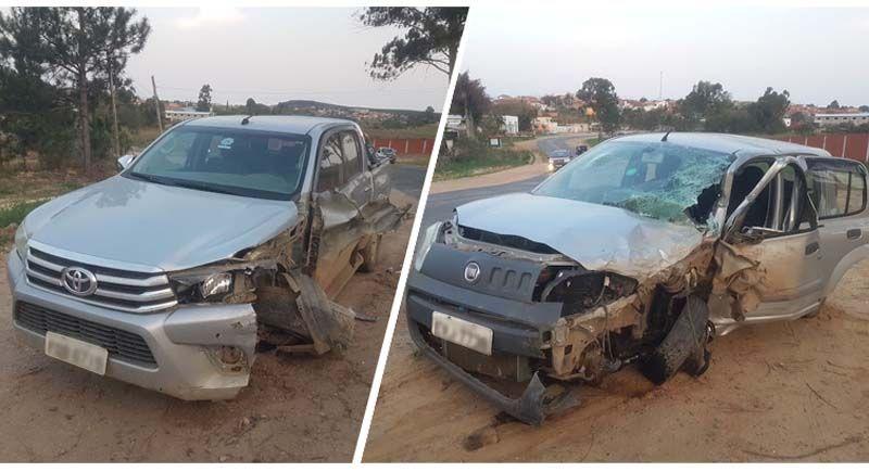 Dois feridos em colisão de camionete e carro de passeio na SPV-093