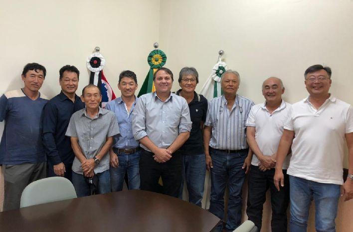 Prefeito Marquinho recebe nova diretoria do Kaikan