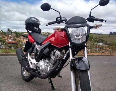 Ladrões armados rendem jovem e roubam sua motocicleta na Nova Pilar II