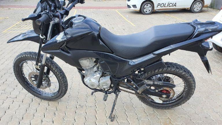 PM de Piedade recupera moto roubada de açougueiro em Pilar do Sul