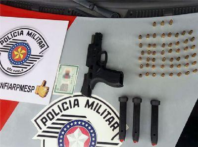 Autônomo é preso por porte ilegal de arma de fogo