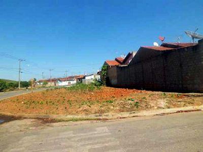 Prefeitura põe a venda 25 lotes nos bairros Ipê e Nova Pilar