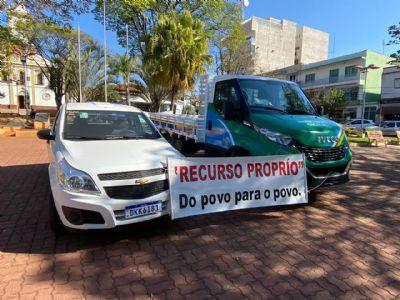 Pilar do Sul adquire dois novos veículos 0km
